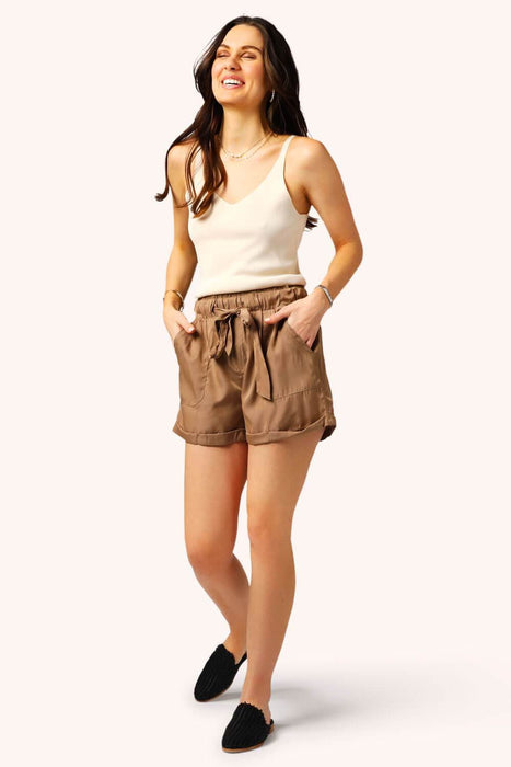 Living Easy Shorts Khaki MILK MONEY full body