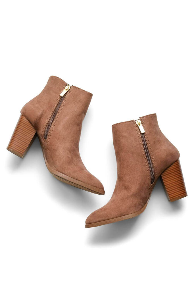 MILK MONEY Womens Brown Suede Boots