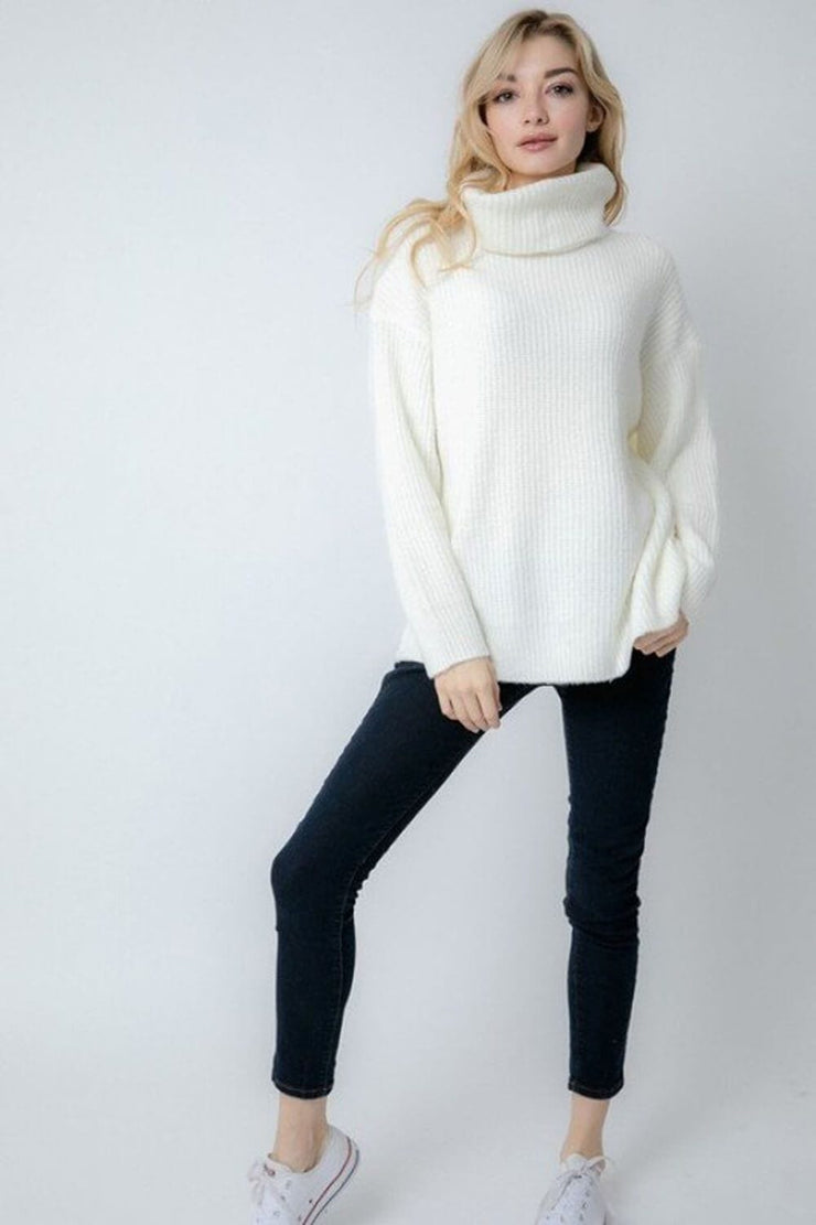 Oversized Turtleneck Sweater ivory full MILK MONEY