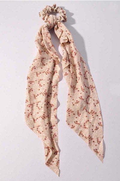 Spring Picnic Scarf Pony ivory MILK MONEY