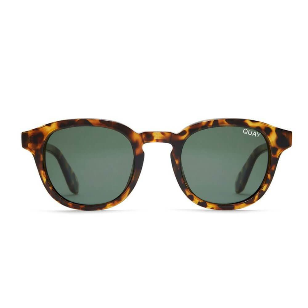 Walk On Sunglasses by QUAY brown - MILK MONEY