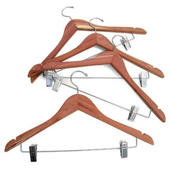 4 pk. Cedar Hanger with Hanging Clips on Crossbar