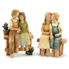 Country Romance Statue Duo
