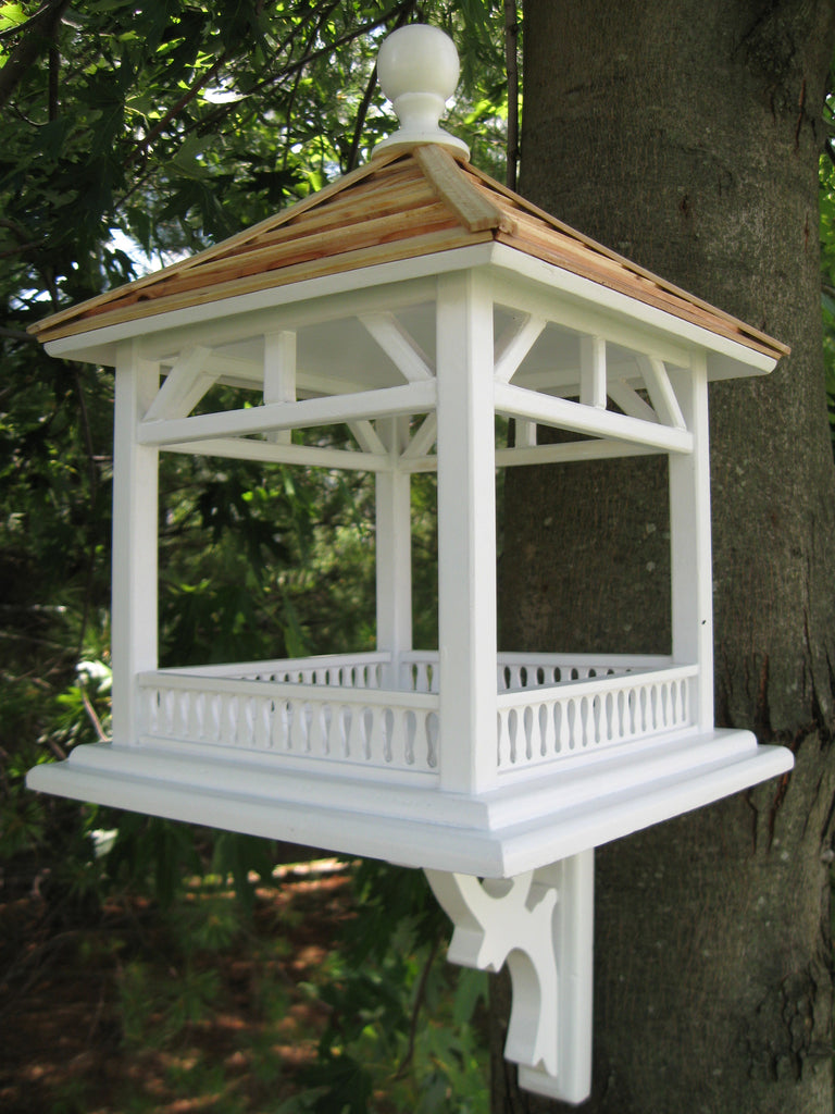 Dream House Feeder - Pine Shingle Roof