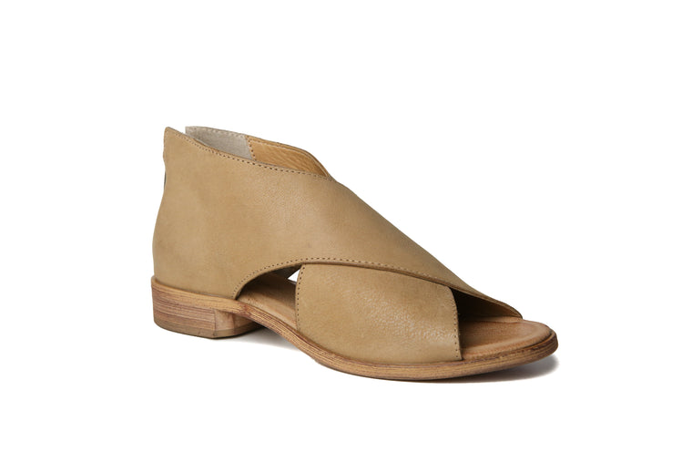 Venice | Natural, Shop Band of Gypsies Footwear