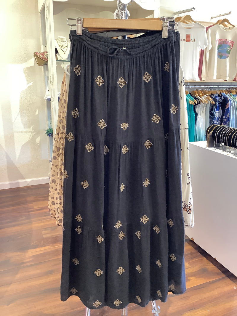 EC Black and Gold Skirt