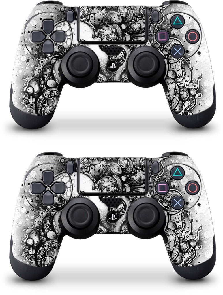 A Curious Embrace PlayStation Skin by Nanami Cowdroy | GelaSkins