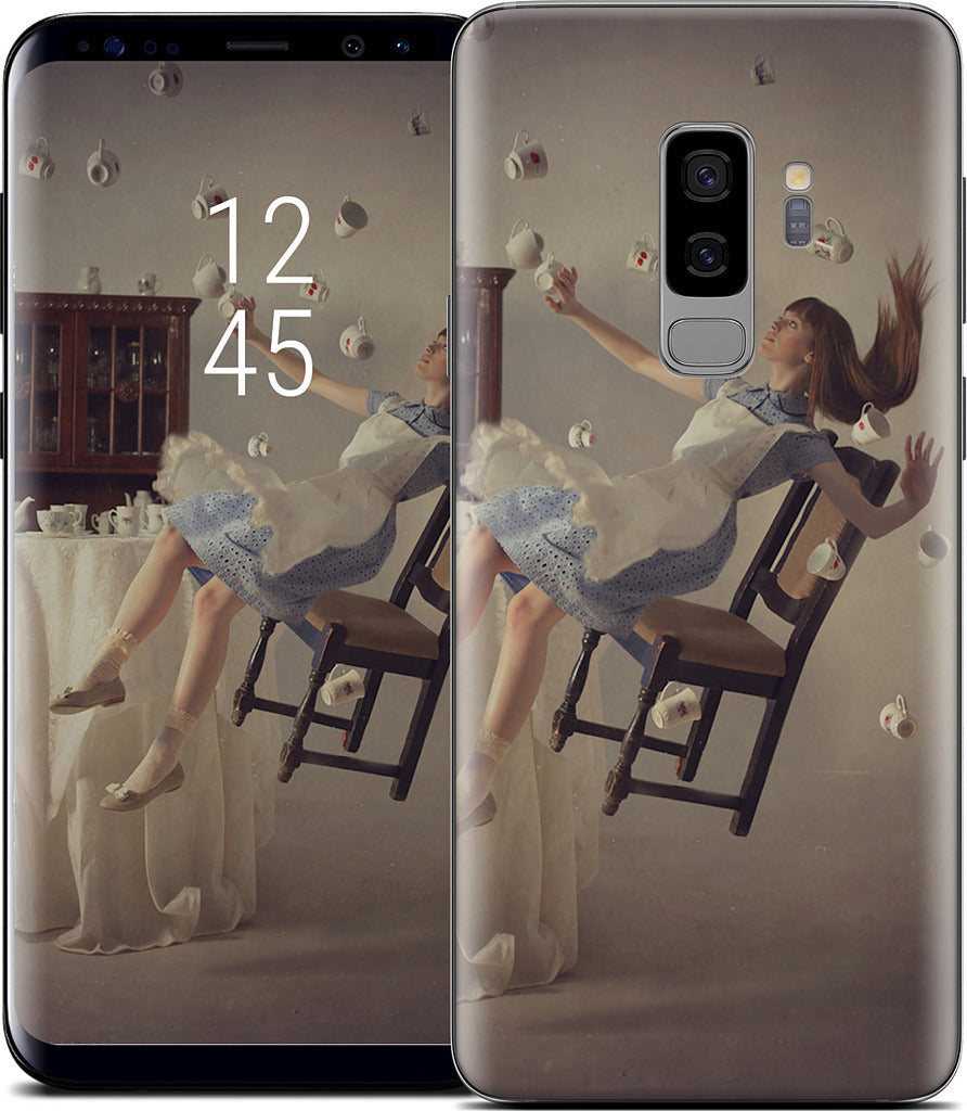 Alice's Five O'Clock Dream Samsung Skin
