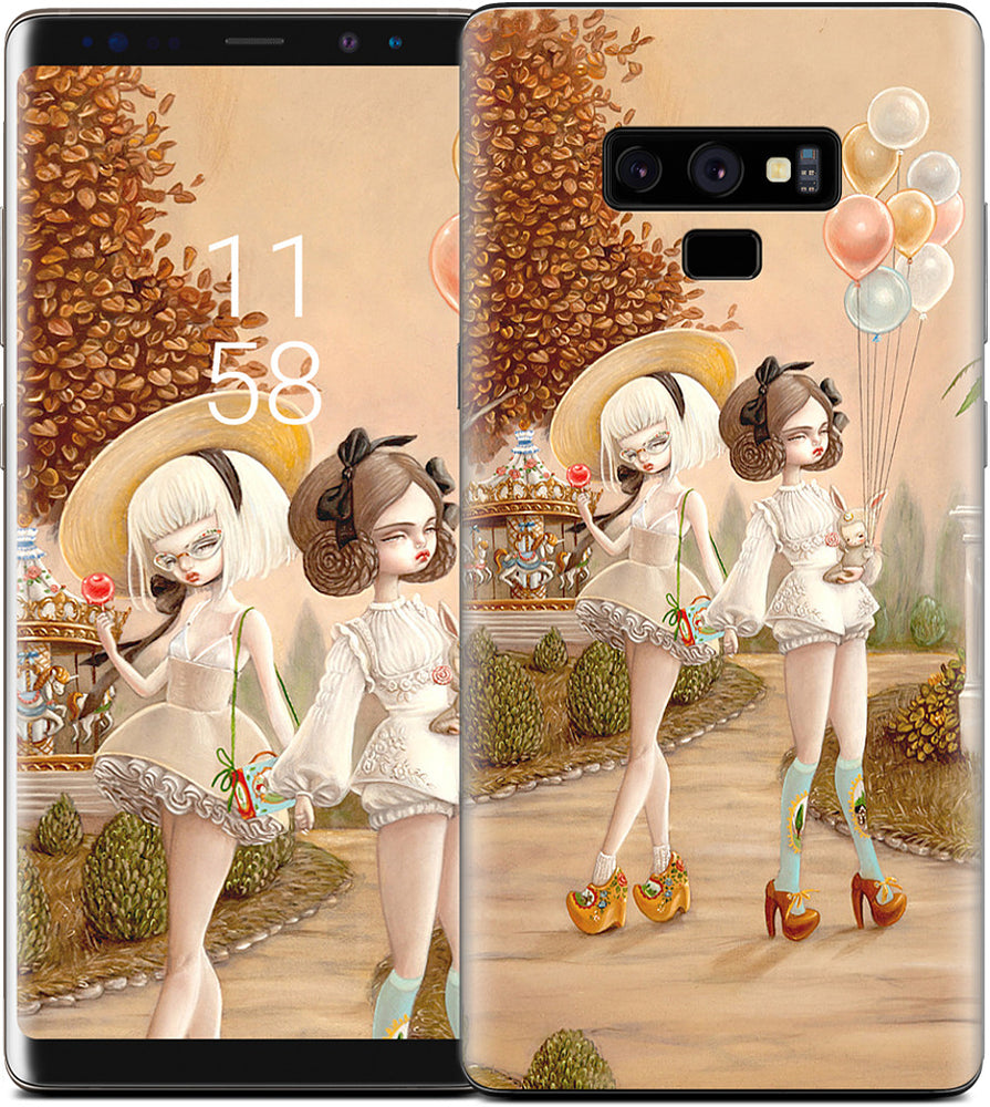 Lena & Mira's Last Days Of Autumn Samsung Skin