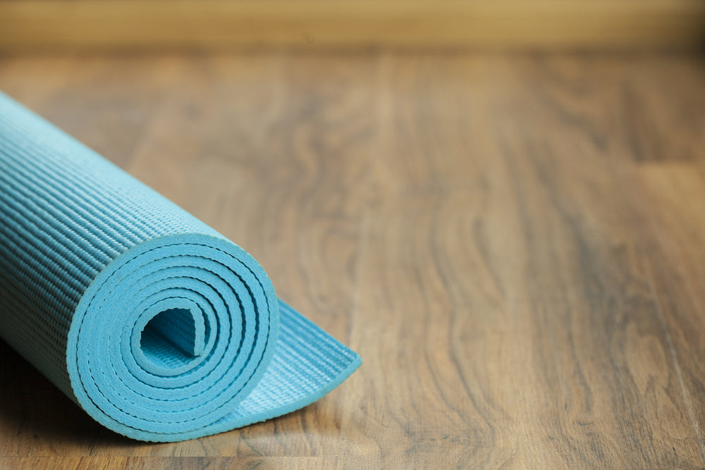A Beginners Guide To Practicing Yoga At Home Yogaclub