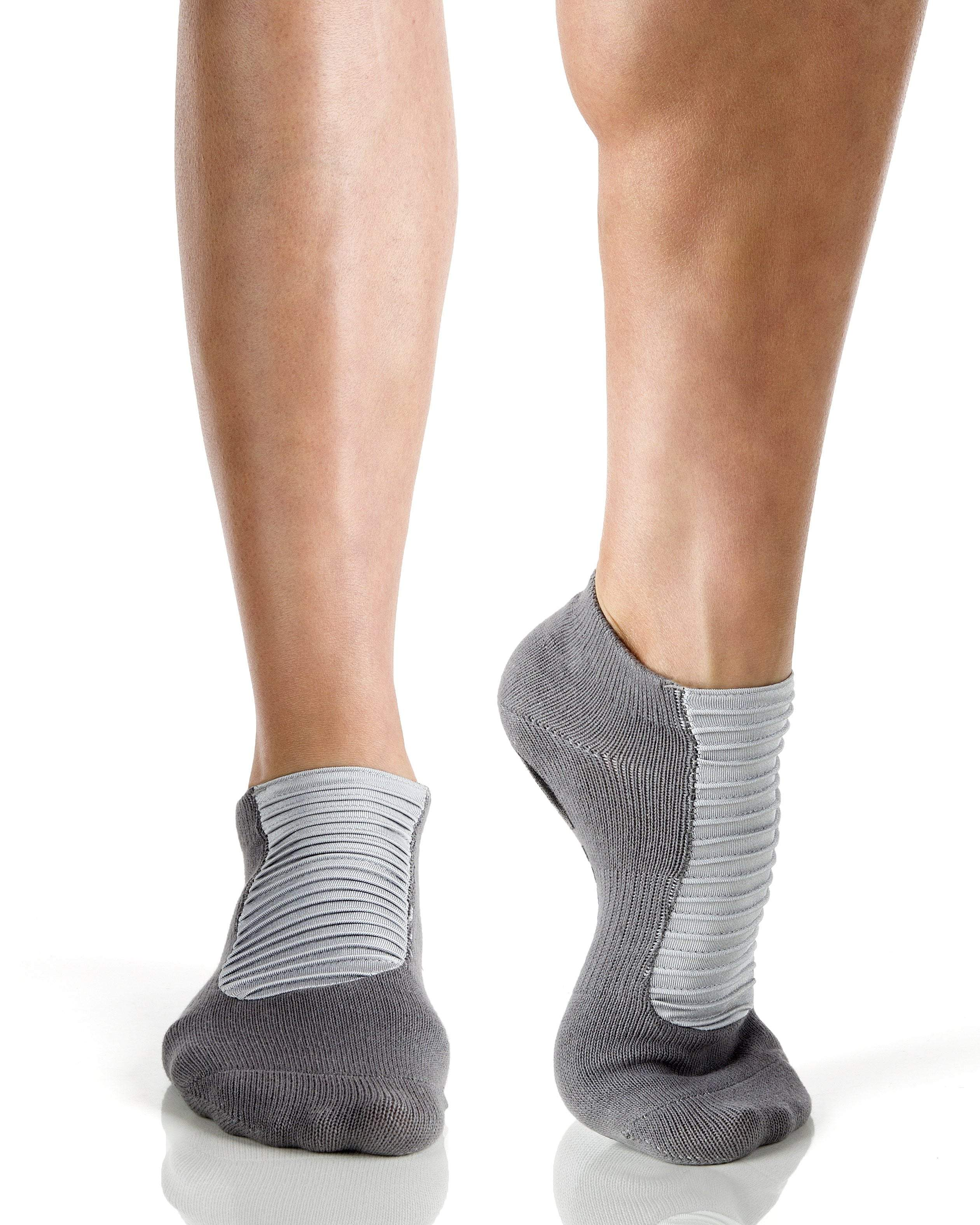 MOTO Closed Toe Grip Socks, Grey