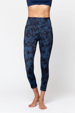 Alana Moon Tides Leggings, Blue/Black Tie Dye