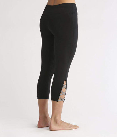 LATTICE CAPRI - BLACK (Manduka)