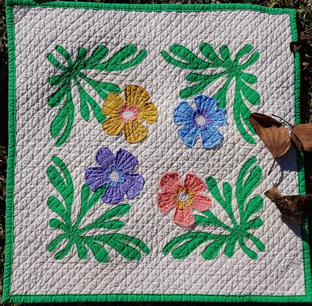 Funky Floral AccuQuilt with Michele Rank