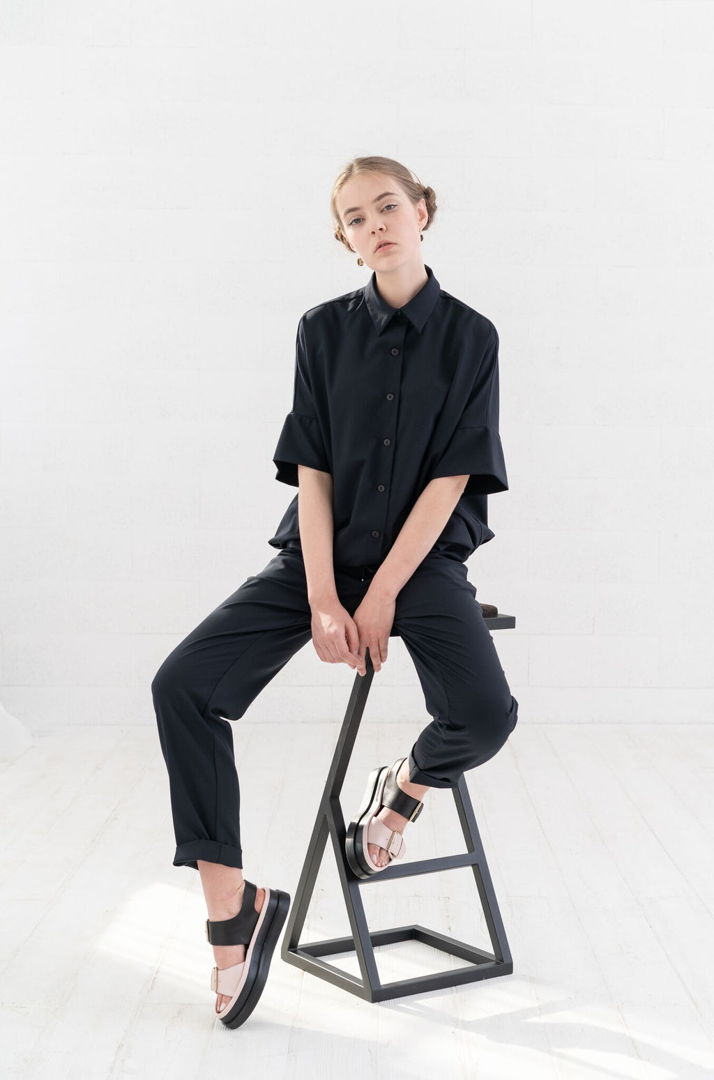 """Vilnius Jumpsuit"": oversized shirt and trousers"