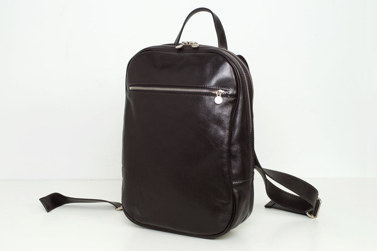 Prague Black - Double Compartment Backpack