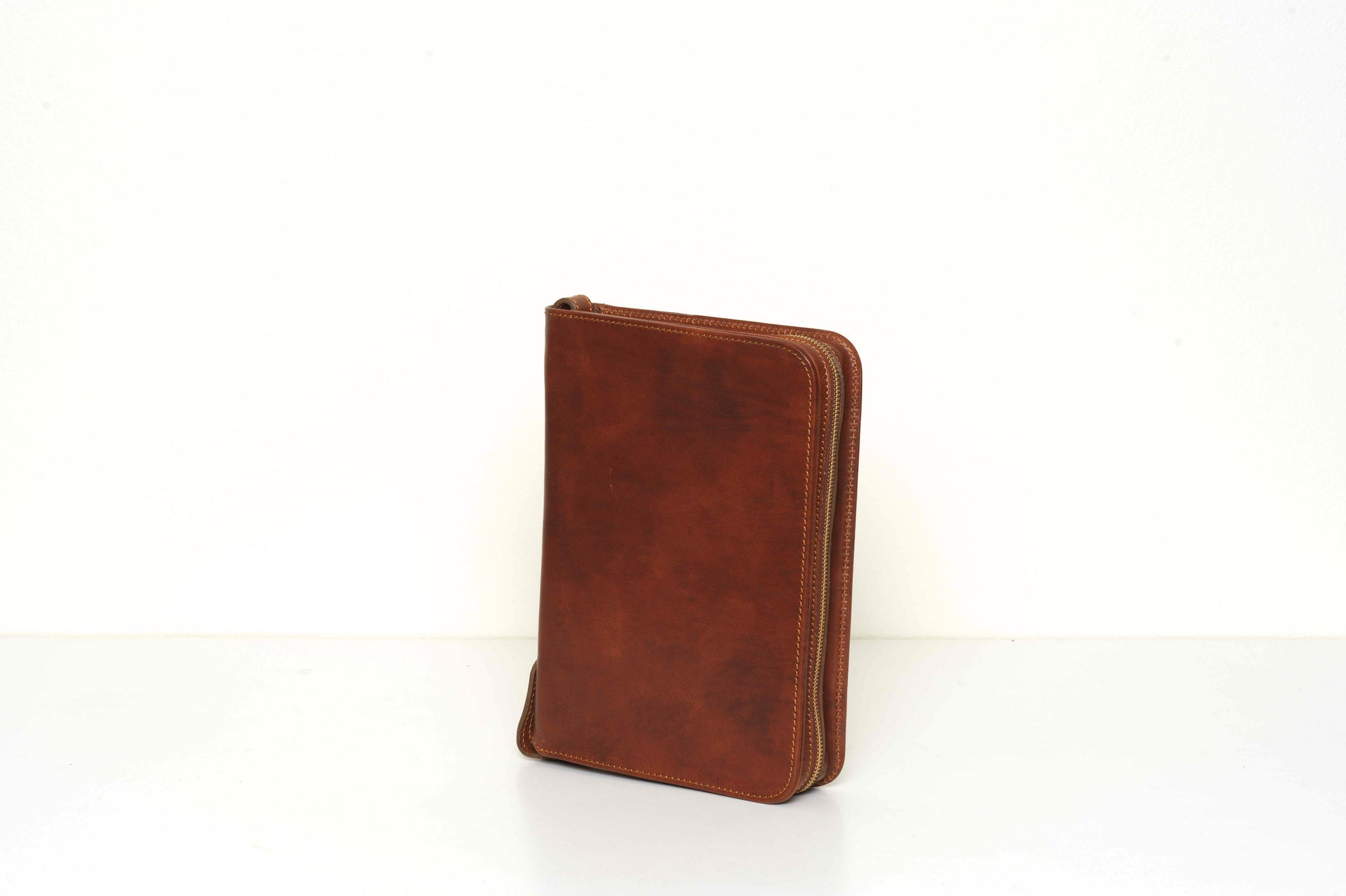 Octavo A5 Brown Leather Compendium