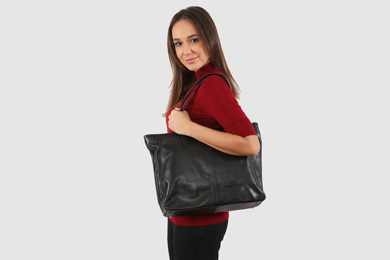 Amalie Black Tote / Laptop bag