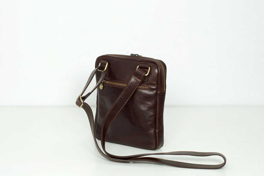 Gaius Chocolate - Leather crossbody bag