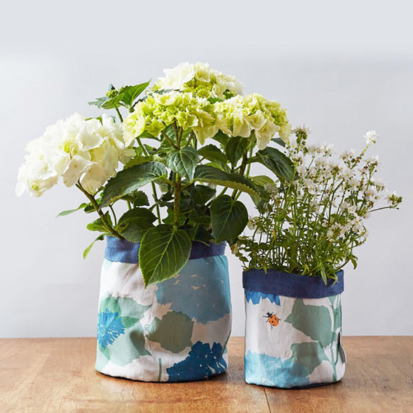 Hydrangea Pot from Lorna Syson | LIMsHome