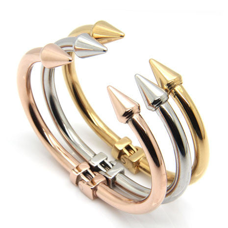 18K Arrow Bangle - Her Teen Dream