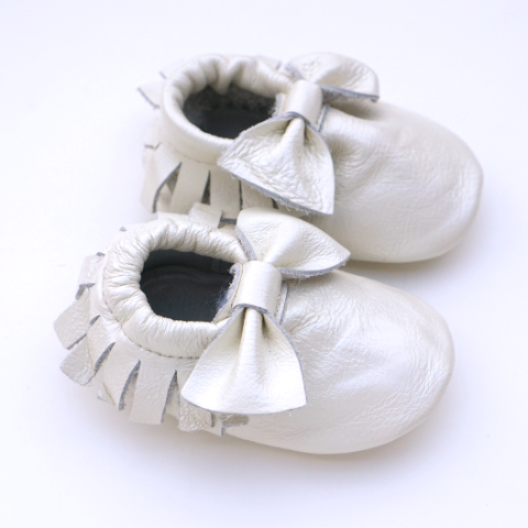 Pearl Bow Moccasins