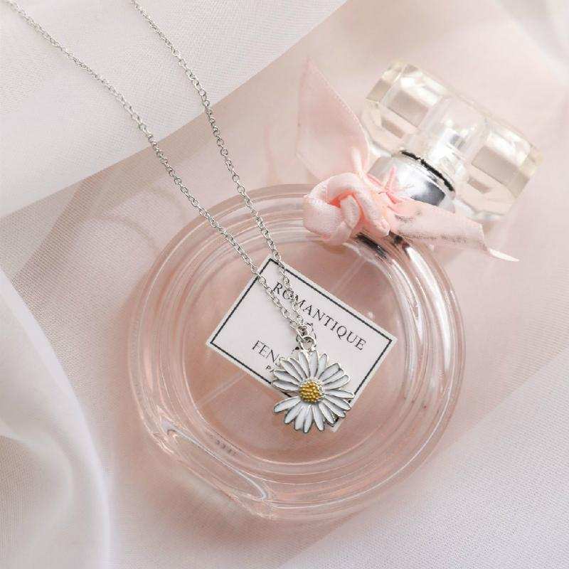 G-Dragon Daisy Necklace