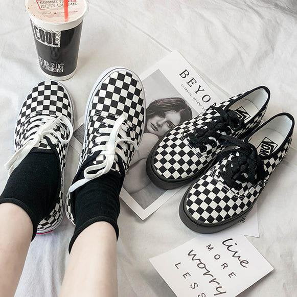 'Checkers' Low Top Sneakers - Totemo Kawaii Shop