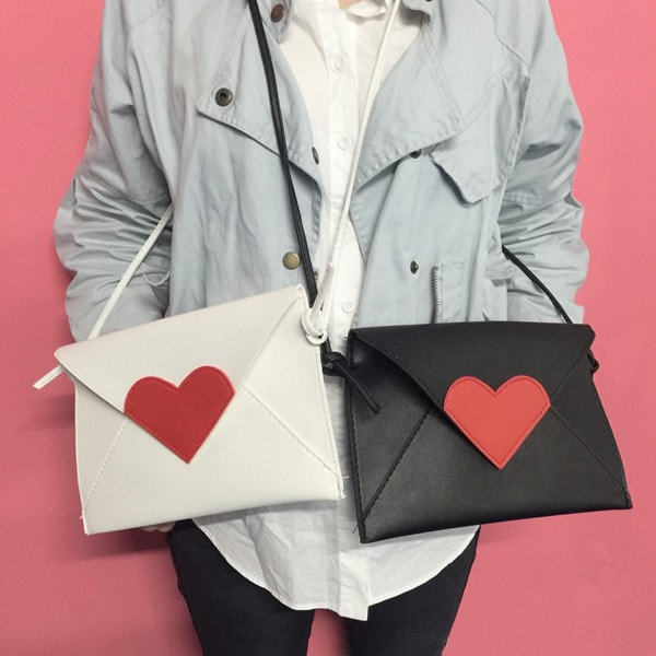 Harajuku Hearts Envelope Shoulder Bag - Totemo Kawaii Shop
