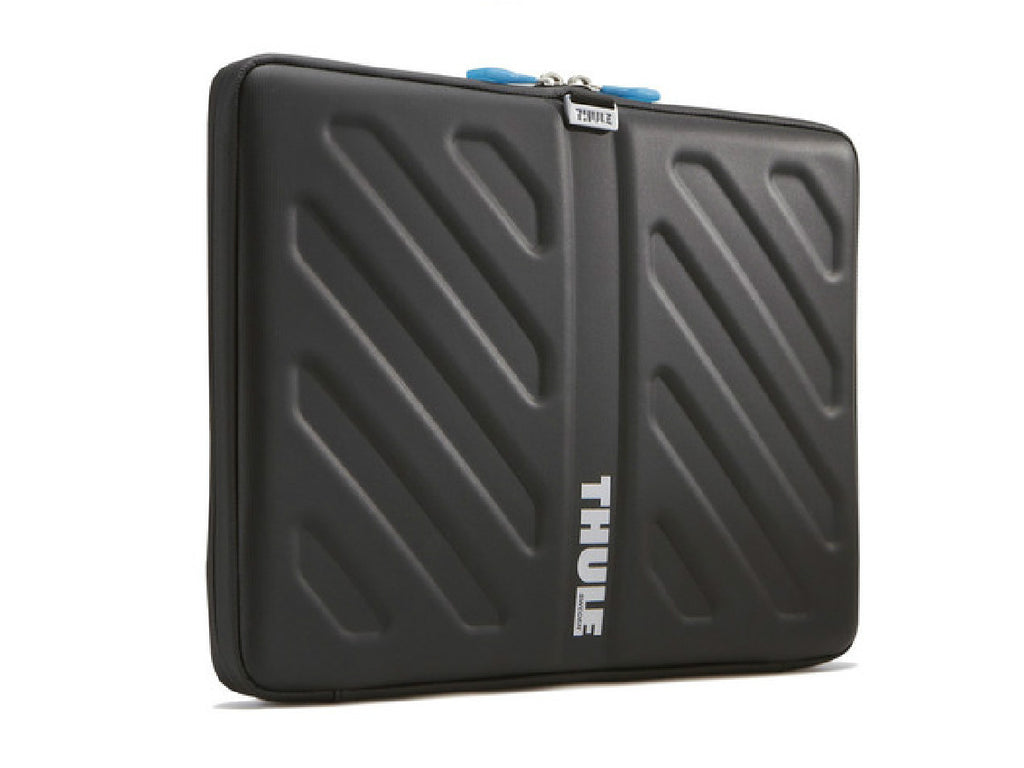 THULE-Gauntlet-13-MacBook-Pro-Sleeve_1160x870.jpg