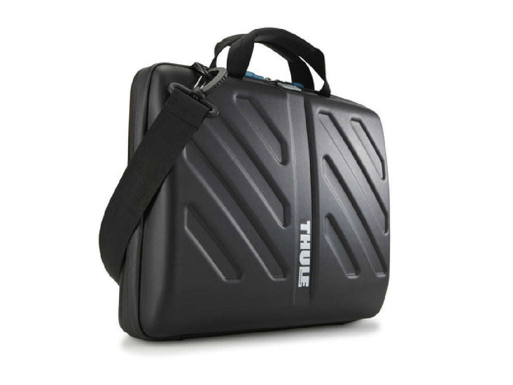 THULE-Gauntlet-15-MacBook-Pro-Attache_1160x870.jpg