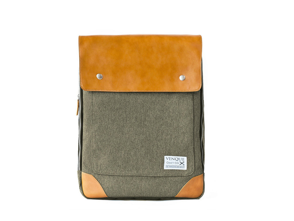 VENQUE-Flatsquare-Backpack-Brown_1160x870.jpg