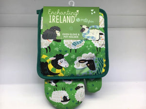 Enchanting Ireland Oven Glove w/ Pot Stand