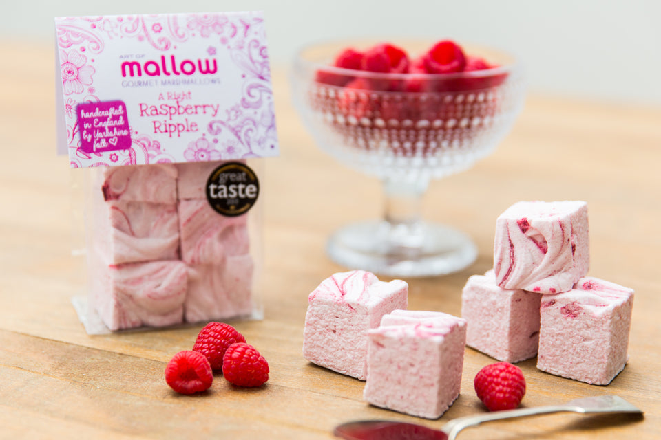 Handmade raspberry gourmet marshmallows