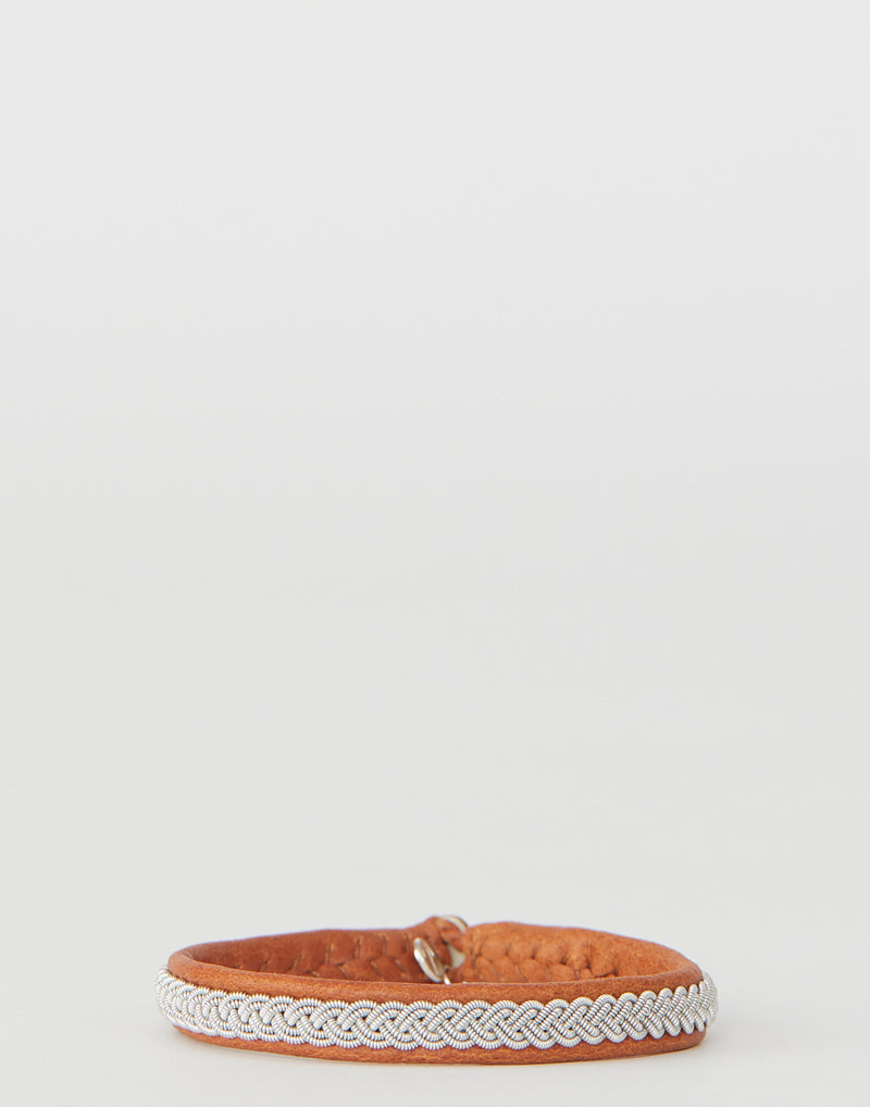 maria-rudman-pewter-tan-embroidered-leather-a2-bracelet.jpeg