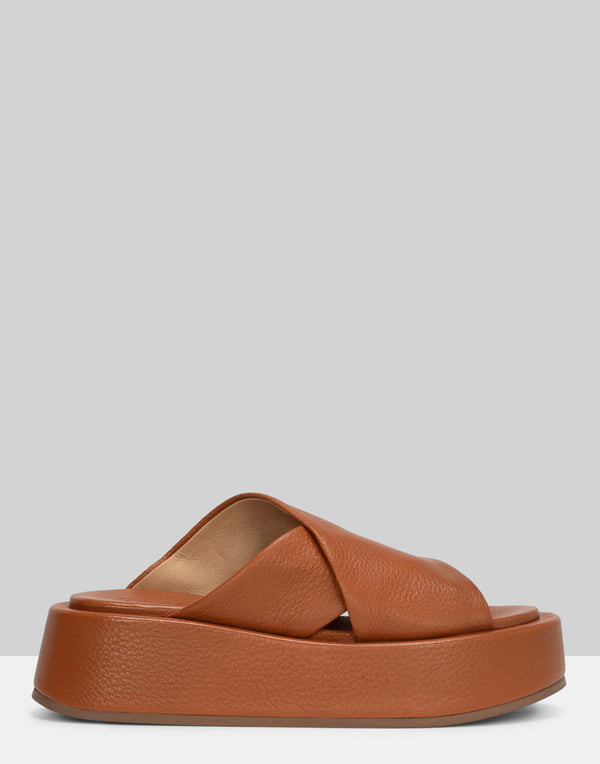 marsell-tan-leather-piattaforma-slide-sandals.jpeg