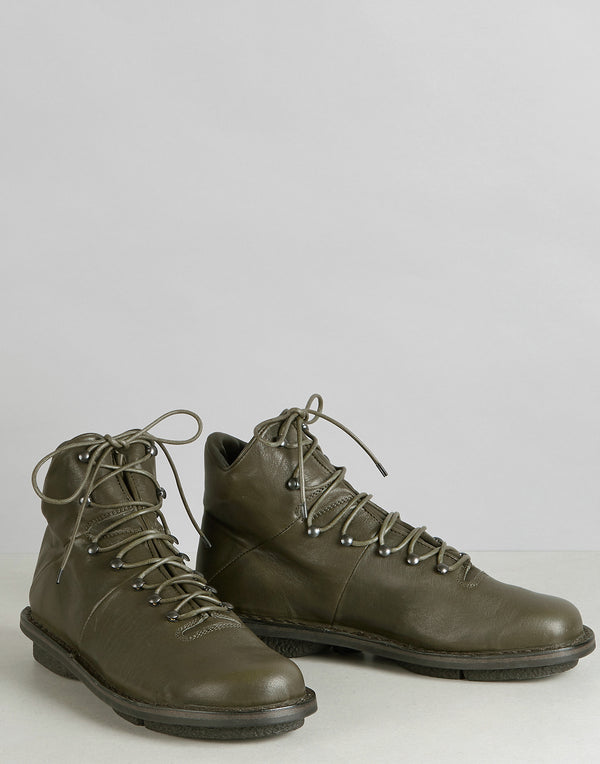 trippen-khaki-alpin-leather-lace-up-ankle-boots.jpeg