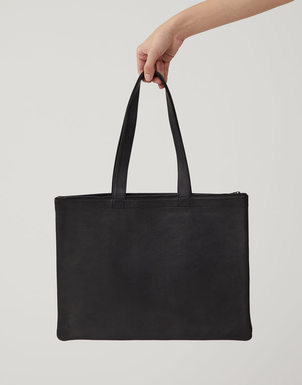 isaac-reina-black-leather-horizontal-double-tote.jpeg