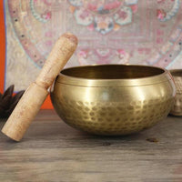 Hand Hammered Gold Tibetan Singing Bowl for Sound Healing, Chakra Balance and Meditation 52% OFF - 6 Lynx - Boho Accessories