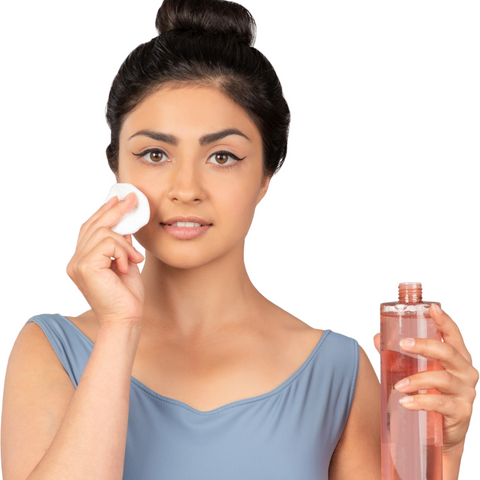 How to use a face toner by Beauty Mixtress™