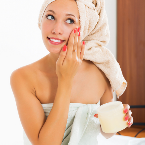 Night Cream Benefits for skincare routine in your 40s by Beauty Mixtress™