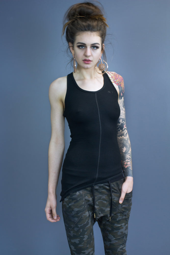 No Sleeves: Women's