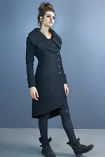 Size 6 Asgard triple collar coat