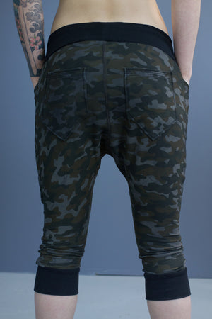 Riley capri length joggers - batch dyed camo