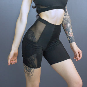 Tegan x-pocket bike shorts - mesh detail