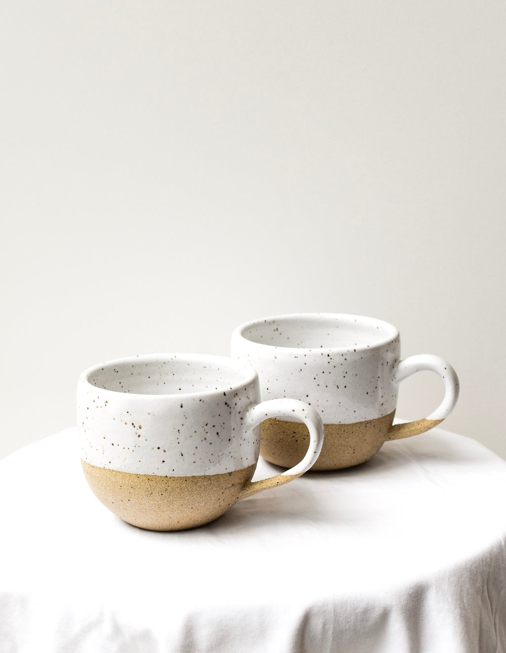 Mug with Handle Medium (White/Brown)