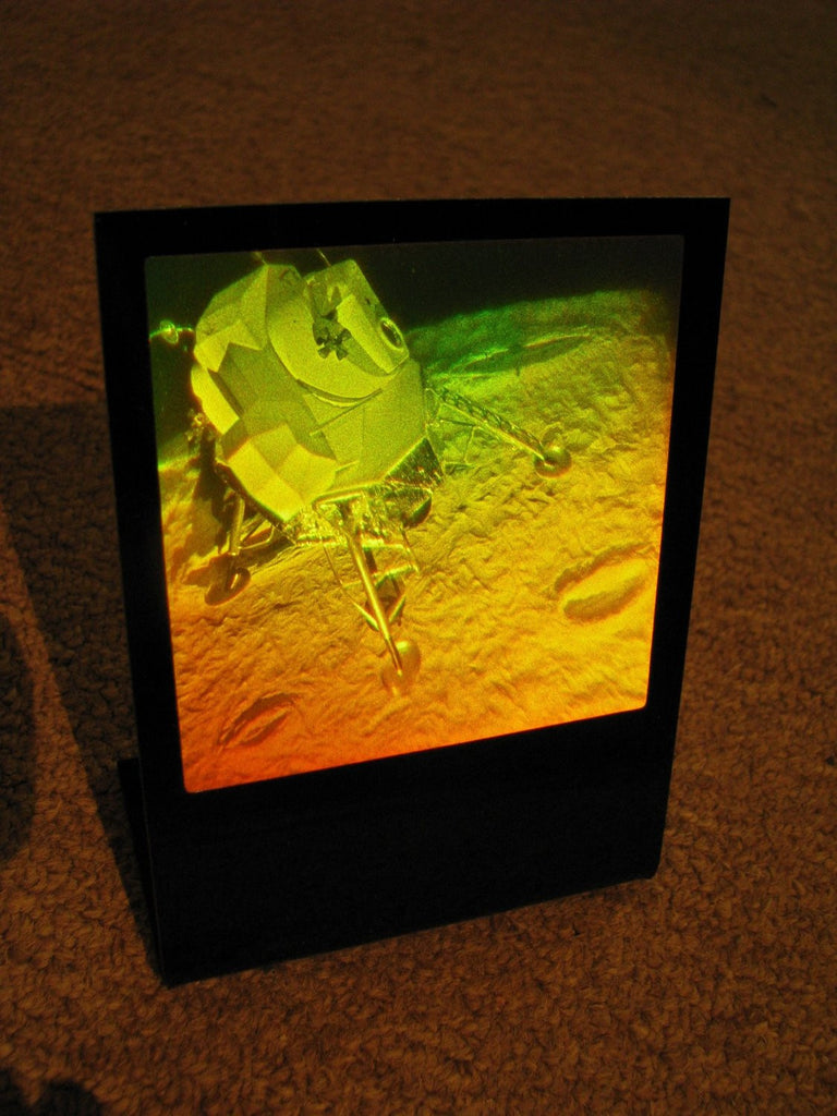 True 3D Lunar Lander Polaroid Photopolymer Hologram Deskstand, Fabulous Collectible