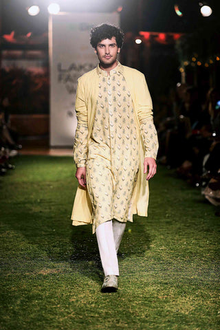 Aaryav Cape and Nirvij Kurta