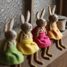 "SET OF 4 FELT RABBITS 4.5"" x 8""t"