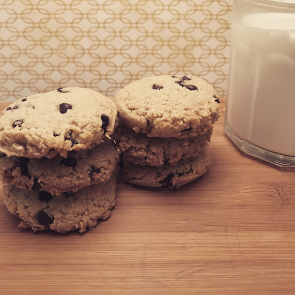 Chocolate Chip Cookies (Gluten-Free, Dairy-Free, Paleo and Vegan Friendly) 6 Cookies